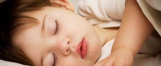 كيف تجعل نوم الطفل متواصل وهادئ